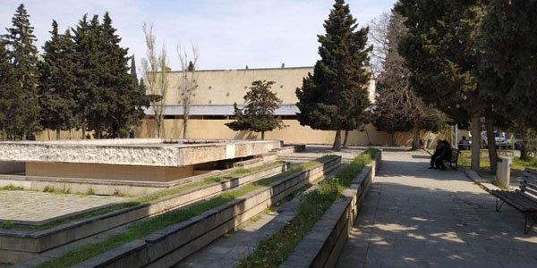 Məşhur kinoteatrı söküb, ticarət mərkəzi tikirlər (FOTOLAR)